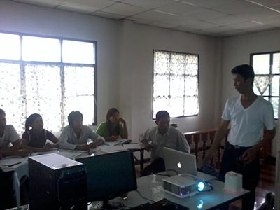 Documentation training about human rights abuses in Burma